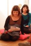 ...και η Μυρτώ Μπελοπούλου διαβάζει το κείμενο ενός μαθητή, με αφορμή την έκθεση της Πινακοθήκης.